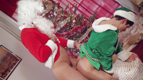 Santa Claus is cumming to city - Sir Peter and Ken Summers