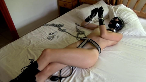 Super tying, domination and castigation for very hawt wench in latex HD 1080p