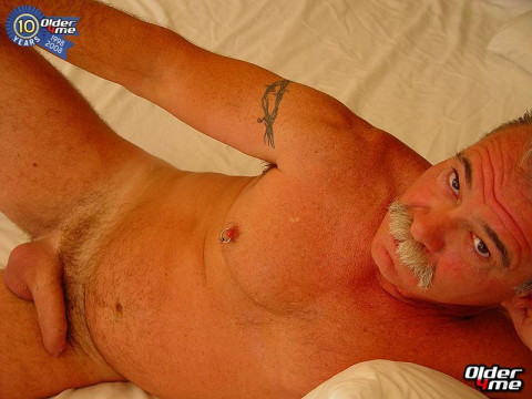 Mature Gay Pics Archive