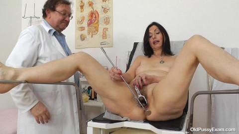 Medical examination passes adult aunt