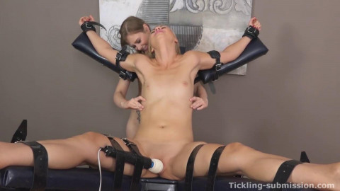Nice Hot Wonderfull Mega Collection Tickling Submission. Part 1.