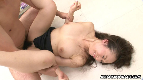 Ayumi Wakana had a threesome in a local store 1080p
