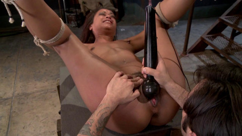 Vulgar Display of Power on Ebony Slut - Only Pain HD