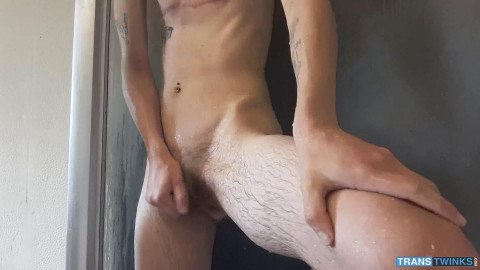 Trans Boy Olly In The Shower - Trans Twinks