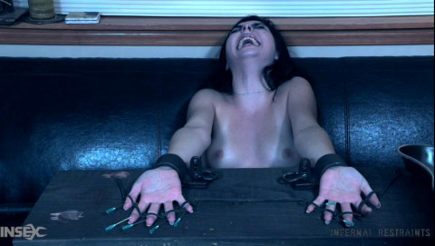 Summer Torments For Horny Keira Croft