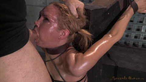 Rain DeGrey throatboarded on top of sybian by two big dicks