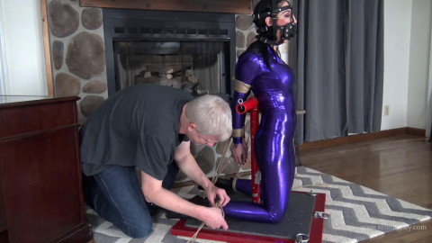 Raven Eve - Banner T Predicament and Nipple Clamps