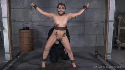 IR Freshly Chained - Mandy Muse - Jun 6, 2014
