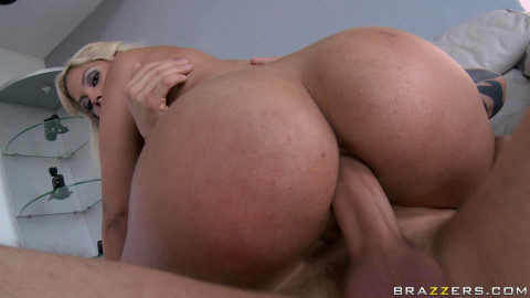 Busty Girl Is Very Skilled In Anal Sex
