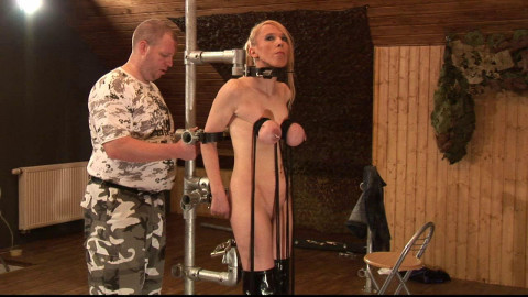 Extremely stretched Tits for Titslave Eva