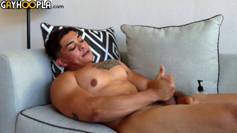 George Silva Busts And Licks His Cum Off His Stomach! 720p