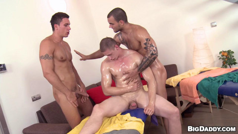 Triple Massage