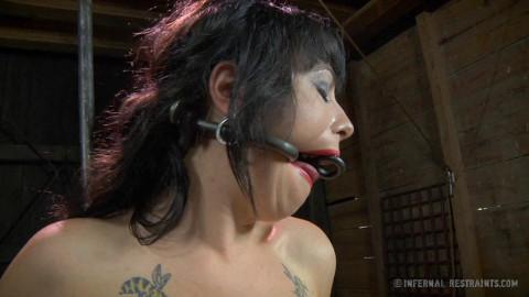 Infernalrestraints - Jul 04, 2014- Smut Writer Part One - Siouxsie Q