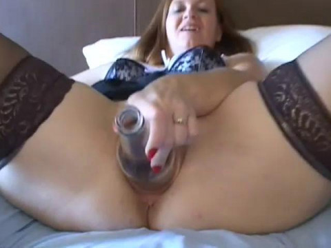 Real Extreme Videos 15: Coral Fisted, Fucked, & Creampied do 2009