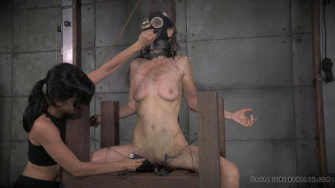 Real Time Bondage HD Videos 6
