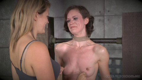 Hazel Hypnotic Enjoys Pain