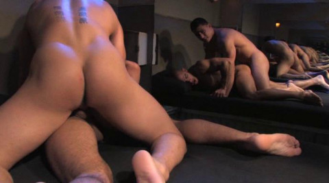 Hardcore Anal With Muscle Steamworks