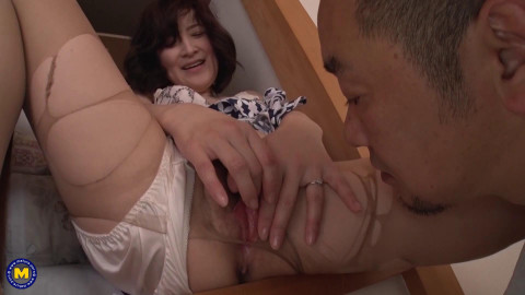 Japanese MOTHER ID LIKE TO FUCK cheating with her neighbor