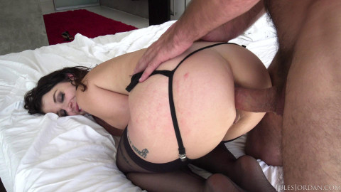 Ivy LeBelle - Her Ass Opened (2018)