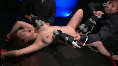 Big Tits And Pussy Juice Squirting!