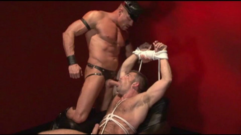 Mustang - Red Light - Tyler Saint & Bruno Bond