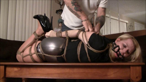 Brendasbound - Introducing Rope Babe Adaire In The 500 Foot Rope Challenge