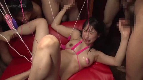 Asumi Yoshioka: Her First Bukkake Fest