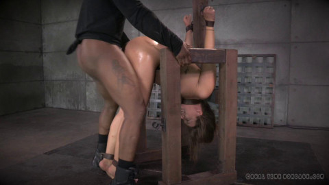 Final part of Maddy O'Reilly's live show pounding anal, tight bondage Part 4 (2014)