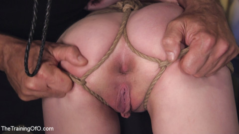 Cute Submissive Slut Earns Cock