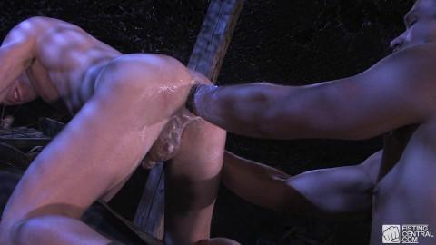 Grunts Fisting - Arm Of One, Scene #02