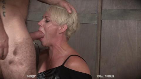 Helena Locke likes being stuffed full of heavy rod!