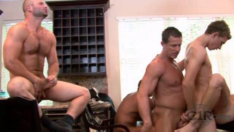 Muscle boy-men in orgy