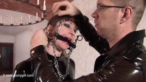 HD Pain play Sex Movies Locked in Cage and Double Permeated by Fucking Machine