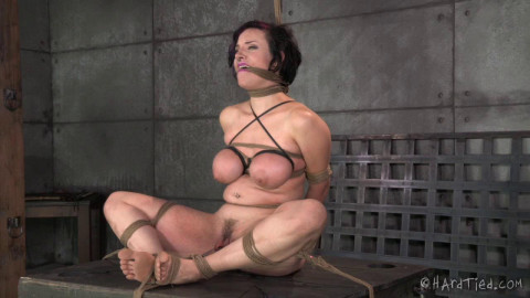 A State Of Grace -  Iona Grace - BDSM, Humiliation, Torture