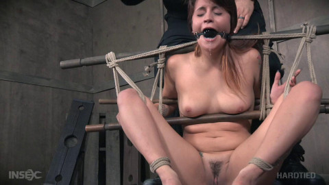 Pussy Gets Pleasantly Punished - Raquel Roper