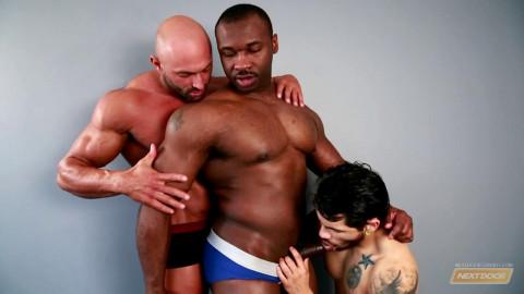 Posing For Pleasure - Marc Williams, Draven Torres, Max Chevalier