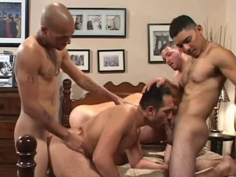 Bareback Asses Full of Cum - Diego Cruz, Vincent Drake, Jeremy Blair