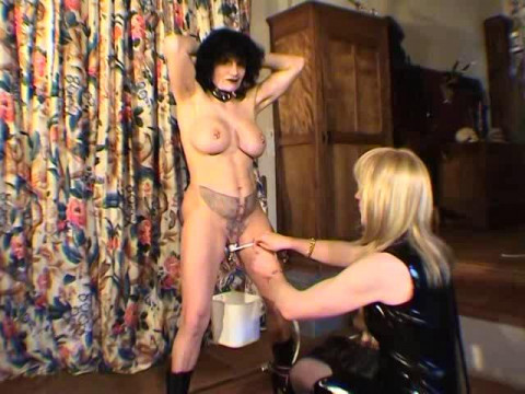 French Extreme - Fabienne - Chatte Distendue