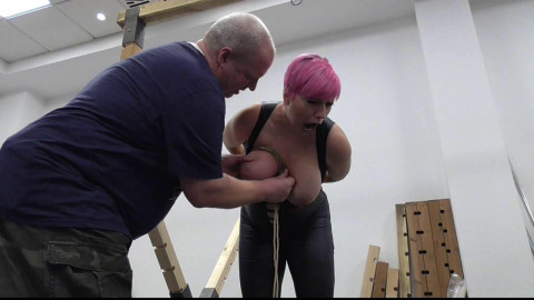 Public Breast Predicament for Nova Pink vol. 1