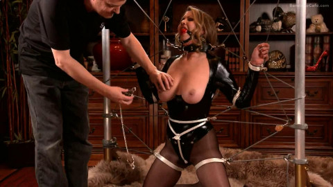 Super tying and punishment for gorgeous model in latex