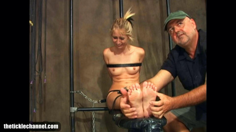 HD Bdsm Sex Videos Renes Tied Ticklish Toes