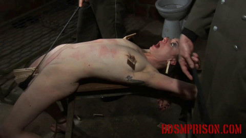 Extreme - Nadja Torment with Clothespins & Mouse Traps