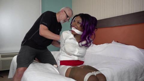Cupcake int restraint bondage
