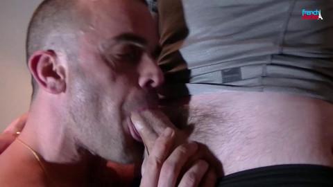 FrenchDudes Damien Crosse Wakes Up Jess Royan