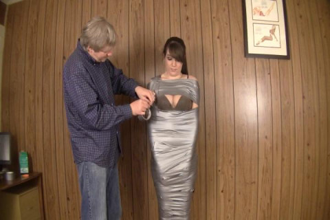 Elizabeth Andrews For Mummification Lovers (2015)
