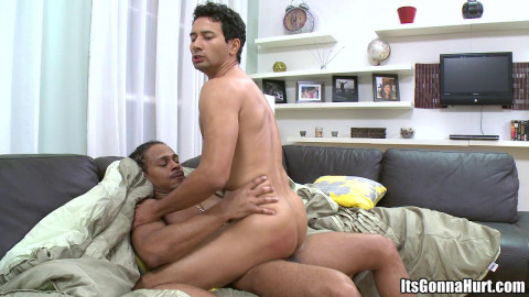 Castro Supreme fucks Gabriel Dalessandros ass (720p)