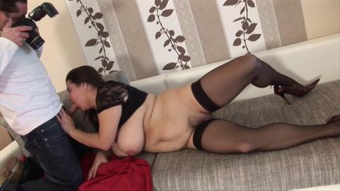 Euro amateur Big Tits Deborah introducing