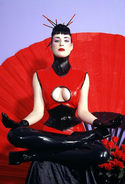 Marquis Latex & Rubber Image collection (30 000+ images)