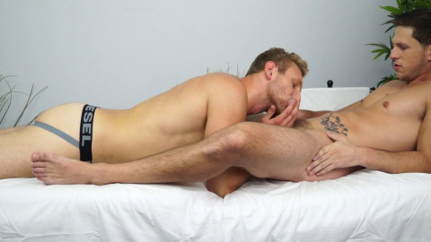 Roman Todd bonks the virgin gap of Russian Hunk, Jamie Pavel