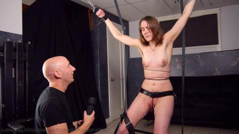 HD Bdsm Sex Videos Putting em on her internal labia was her idea